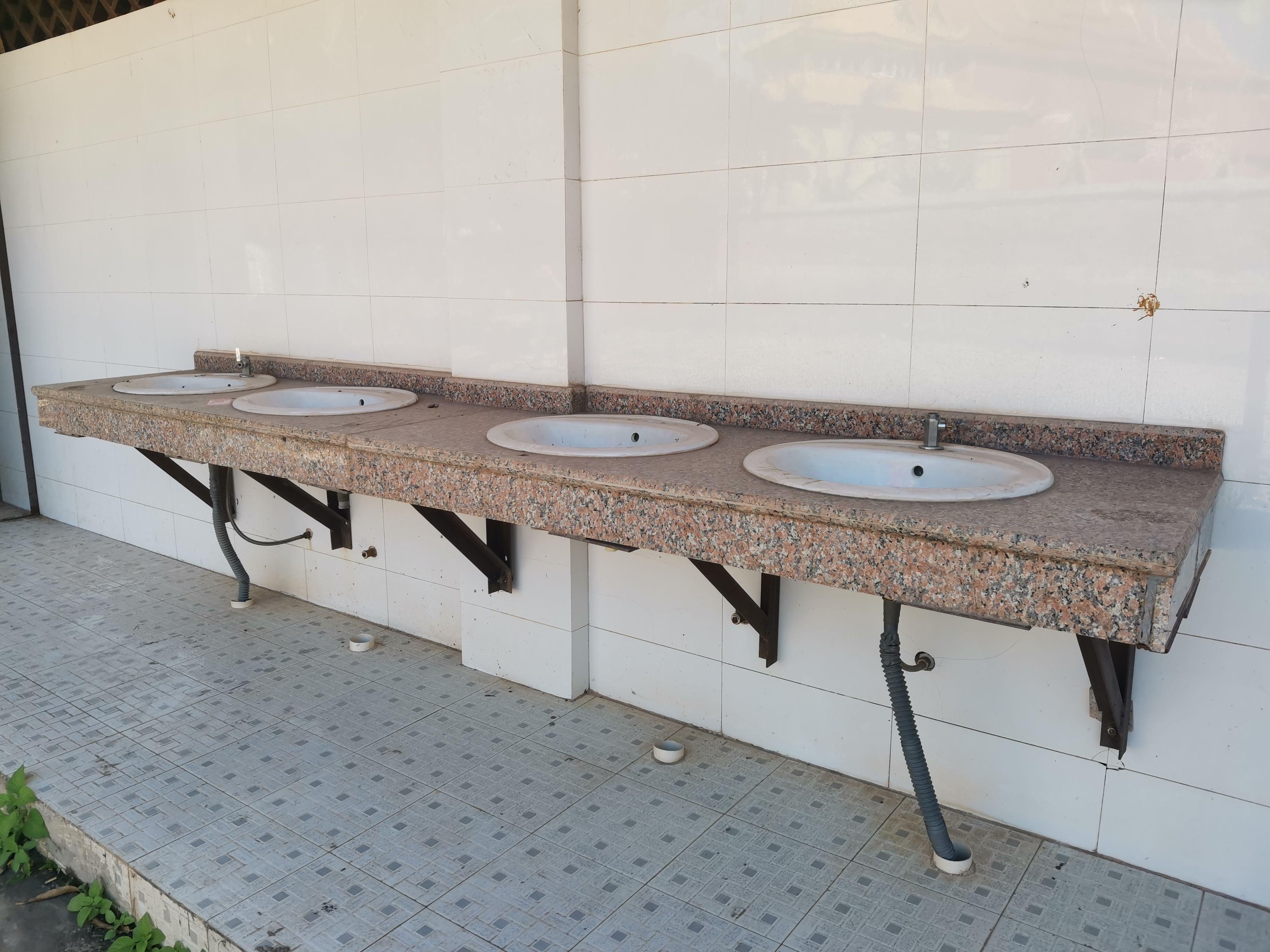 勐梭镇寺庙公共厕所 (6).jpg